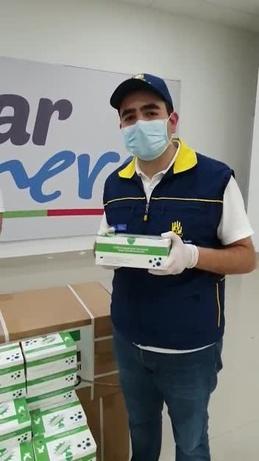 Video thumbnail for Llegaron las 20.000 pruebas COVID-19 de Emiratos Árabes a Bolívar